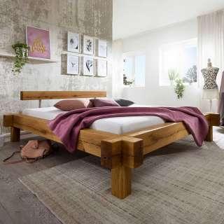 Balken Holzbett aus Wildeiche Massivholz rustikalen Landhausstil