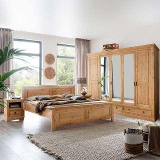 Landhaus Schlafzimmer aus Kiefer Massivholz Eichefarben gebeizt und geölt (4-teilig)