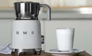 smeg Milchaufschäumer  MFF01WHEU ¦ weiß ¦ Kunststoff, Edelstahl ¦ Maße (cm): B: 18,4 H: 25,1 T: 14,2 Elektrokleingeräte > Kaffee & Espressomaschinen - Höffner