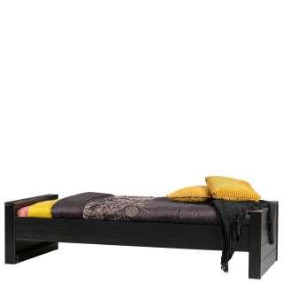 Jugendzimmer Bett in Schwarz Kiefer Massivholz gebürstet